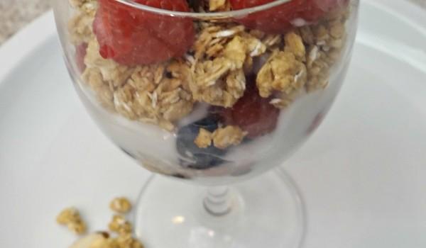 Granola Fruit Parfait Recipe! A Dessert, Snack, or YUMMY Breakfast!