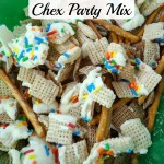 New Year's White Chocolate Chex Party Mix! A Sweet and Salty Recipe! #mixexchangelove