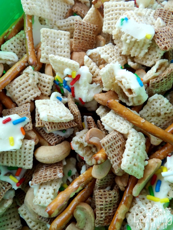 White Chocolate Chex Party Mix with Cashews