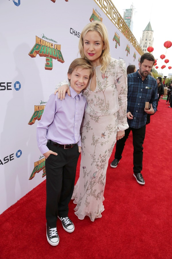 Ryder Robinson and Kate Hudson seen at DreamWorks Animation and Twentieth Century Fox World Premiere of 'Kung Fu Panda 3' at TCL Chinese Theater on Saturday, Jan. 16, 2016, in Hollywood, CA. (Photo by Eric Charbonneau/Invision for Twentieth Century Fox/AP Images)