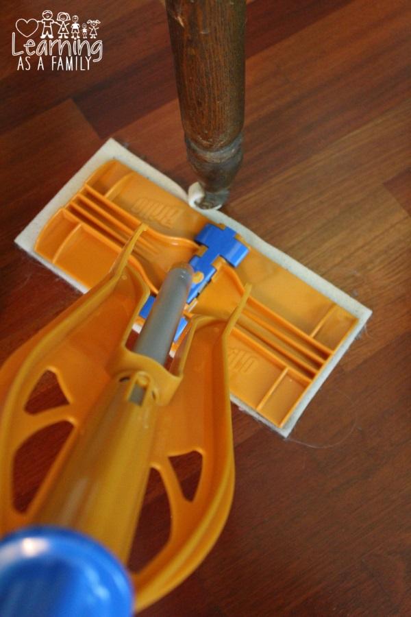 Brillo Sweep & Mop using Sweeping Pad