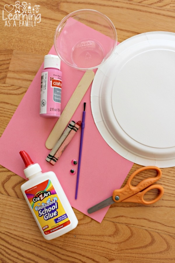 What you need to make a Piggy Paper Plate Craft