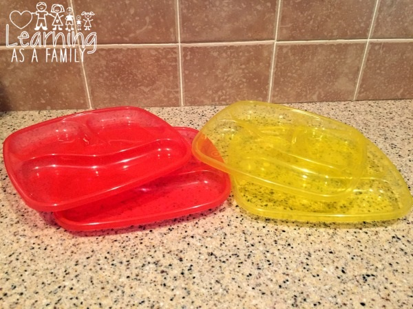 nuby-wash-or-toss-plates